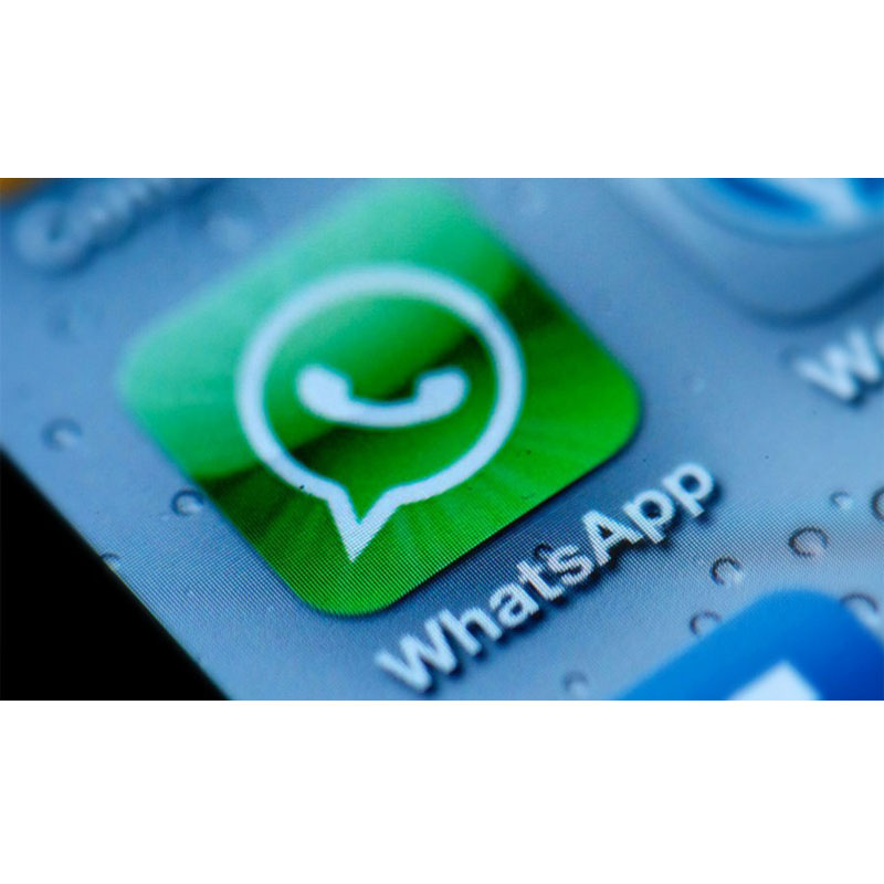 "WhatsApp ""copia"" Facebook: arriva il ""Mi piace"""